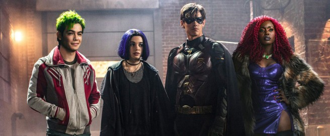 1539335751_titans-giovani-supereroi-dc-universe-riuniti-nella-nuova-immagine-ufficiale-v3-343631