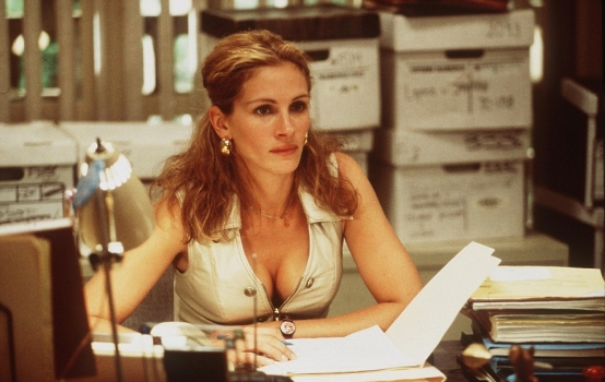 2c7c567a00000578-3240721-julia_roberts_starred_in_film_and_won_an_academy_award_in_the_fi-a-42_1442630137065.jpg