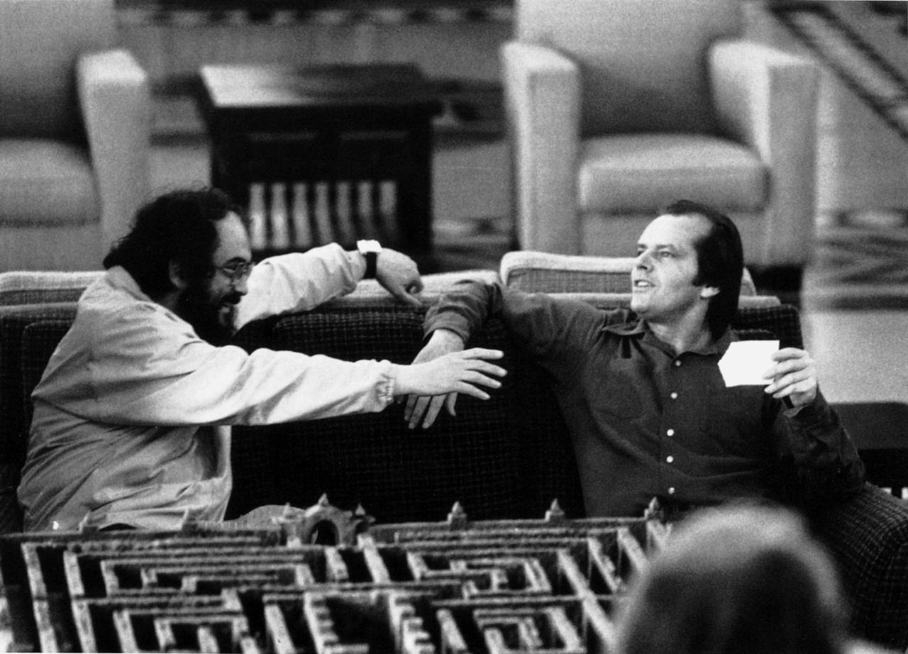 Stanley-Kubrick-and-Jack-Nicholson-on-the-set-of-The-Shining..jpg