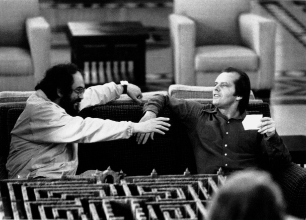 Stanley-Kubrick-and-Jack-Nicholson-on-the-set-of-The-Shining..jpg